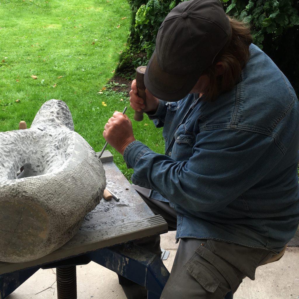 20 jaar beeldhouwer, Onthulling en Viering